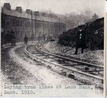 lumb-lamb-bank-laying-tram-lines-1910-1-jd
